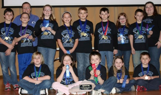 JBS Elementary Academic Team Has Successful Season