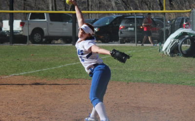Lady Eagles Softball Hosts Rochester College